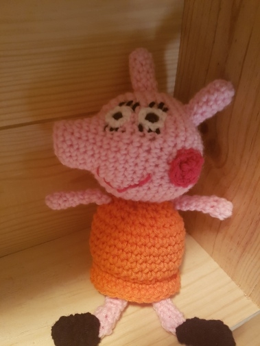 Ravelry: Peppa Pig Amigurumi pattern by Sabrina Boscolo | 505x379